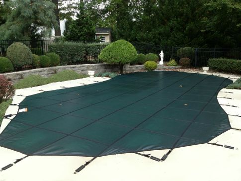 Sun Block Mesh Green Pool Safety Cover.